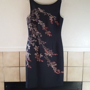 Tommy Bahama 100% Silk lined Structured dress